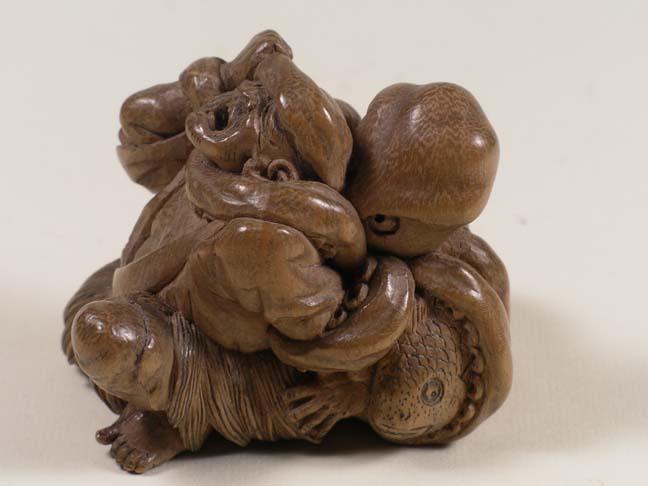 Netsuke, wood, mid-1800s, 3.1 x 3.4 x 2.1 cm, EA1956.3221